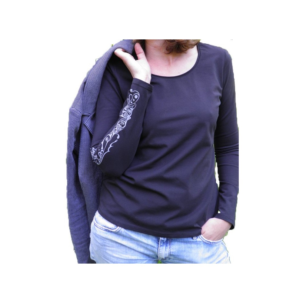 women Classic long sleeve shirt