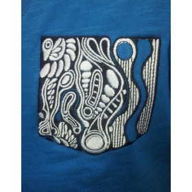 women Light t-shirt with embroidered front pocket